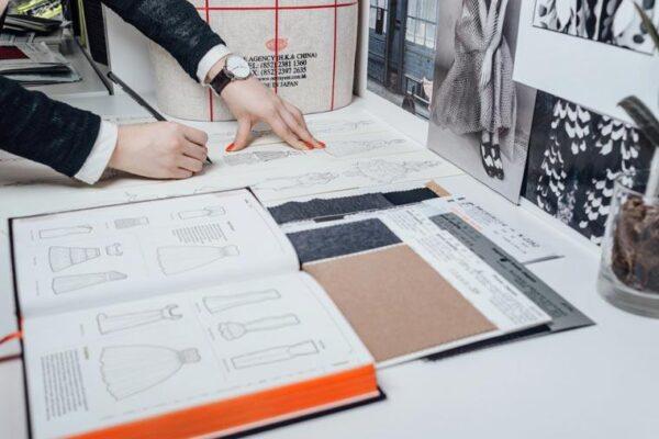 Fashinopedia : The Visual Dictionary Of Fashion Design fvdesign.org